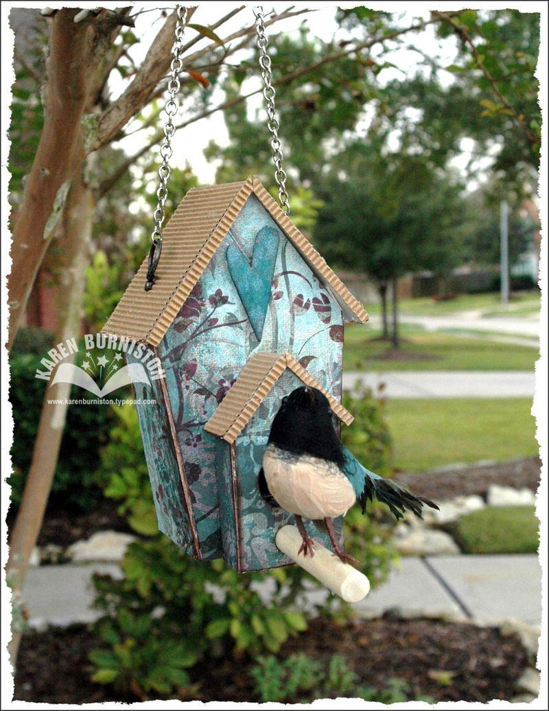 Blog Hop Birdhouse front view