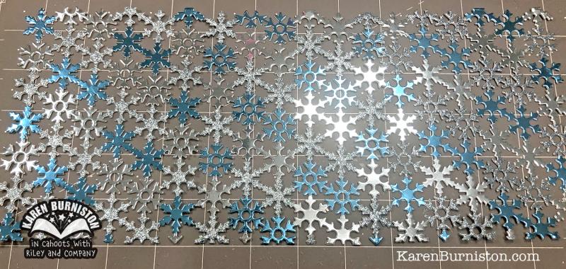 SnowflakesPatternPlate2