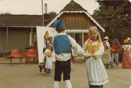 1978_dancing_low_res